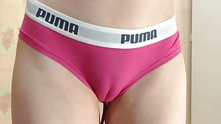 Sext cubby cameltoe pussy in tight panties